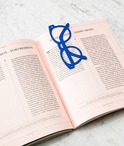 Punto de libro gafas